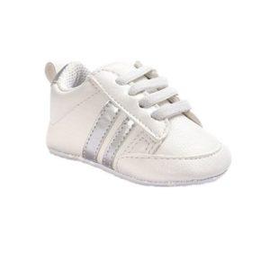 zapatilla de bebé blanca adidas